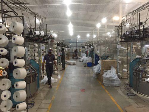 Maschinenpark in der Fabrik Viyellatex. Foto © Maike Vierkötter